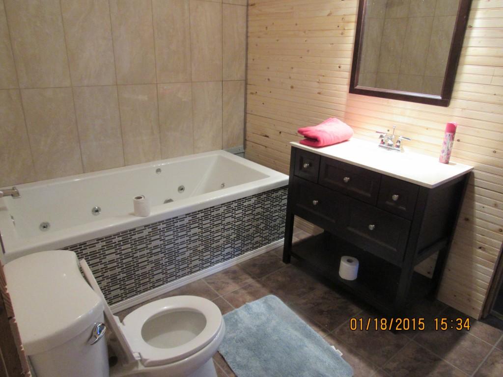 Hideout Master Bath